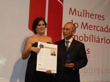 Presidente da Consciente recebe Troféu MMI