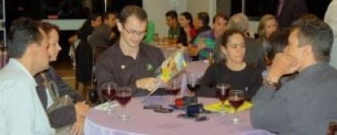 Empresários participam de coquetel no Vistta Parque Flamboyant
