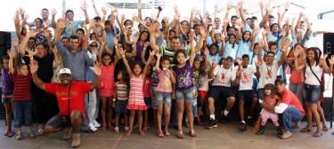 Consciente comemora Dia das Crianças com grande festa e plantio de árvores